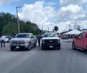 Productores de sorgo cierran paso a camiones en puente de Nuevo Progreso