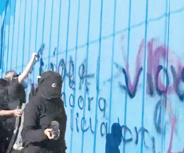 Se deslindan de vandalismo