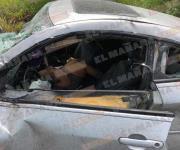 Un muerto y dos heridos en un fuerte accidente vial