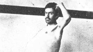 El hombre que sólo defecaba una vez al mes y murió en un baño a los 29 años