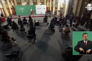 López Obrador confinado en Palacio Nacional tras dar positivo a Covid-19