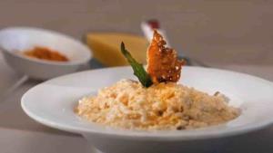 Cocina un arroz cremoso con Aquiles Chávez
