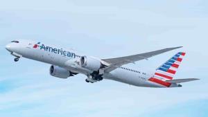 Un OVNI se ubicó arriba de un avión en Estados Unidos
