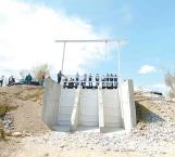 Edifican compuertas para evitar inundaciones futuras