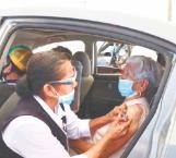 Programan la vacunación contra Covid para maestros