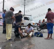 Lesionado motociclista en choque
