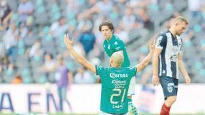 Sorprende Santos y elimina a Rayados