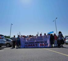 Se manifiestan contra el pago de pensiones en base a UMAS