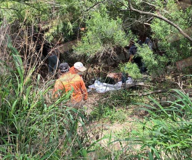Flota cadáver putrefacto en el río Bravo