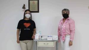 Apoyan tratamiento de mujeres con cáncer