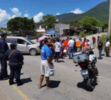 Manifestantes demandan servicio de agua potable