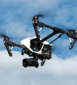Atacan cárteles con tecnología; desarrollan drones explosivos