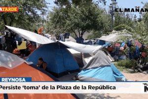 Persiste 'toma' de la Plaza de la República