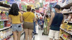 Saturan las familias centros comerciales