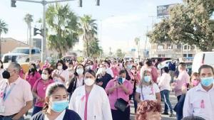 Conmemoran la lucha contra cáncer de mama