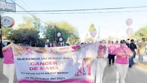 Marcha para concientizar contra cáncer de mama