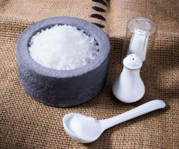Llama FDA a bajar consumo de sodio