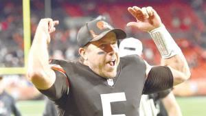 Respiran Browns; vencen a Broncos
